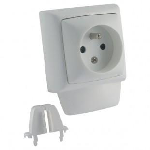 alpi prise de courant legrand 2p t pour moulure micro 10 12. Black Bedroom Furniture Sets. Home Design Ideas